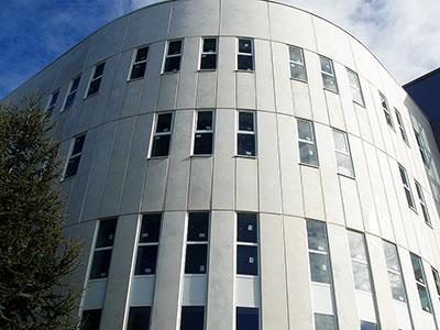 Edificio ventanas Alugal 1